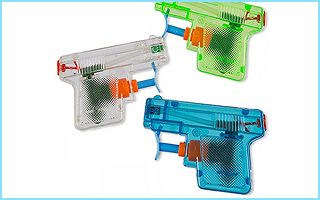 Diese Wasserspritzpistolen sorgen immer für eine Erfrischung