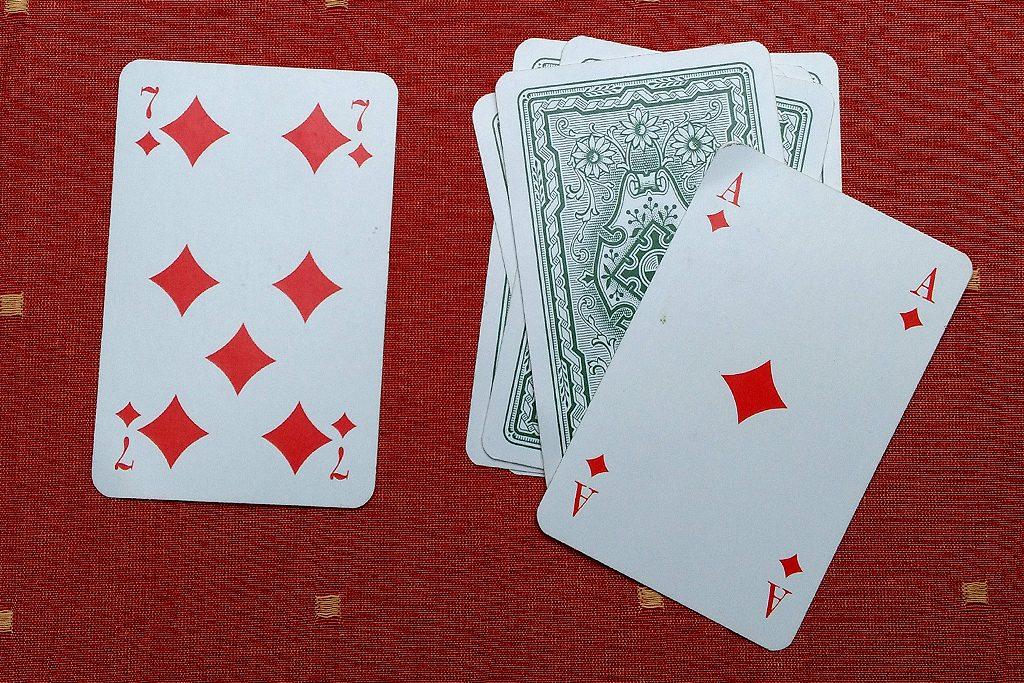 Bild 4: Hier muss der klopfende Spieler alle Karten aufnehmen